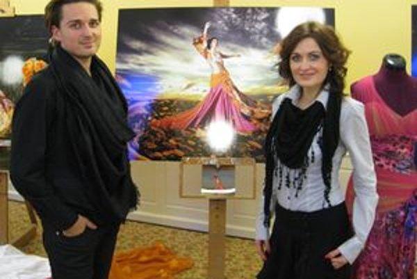 Robo Bartolen a Edita Civáňová na krste kalendára v Park hoteli Tartuf v Beladiciach.
