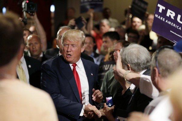 Donald Trump je vraj veľkým fanúšikom Neila Younga. Nepomohlo.