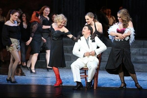 Opera Šperky Madony v SND.