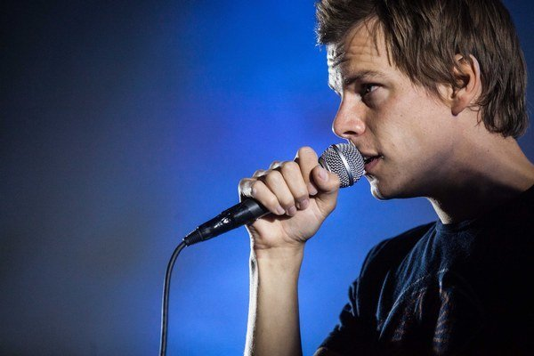 Než spieval v kapele Zrní, Jan Unger pracoval v továrni na výrobu lega.