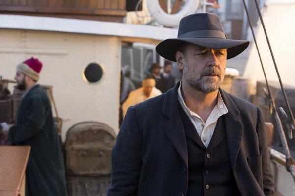 Russell Crowe vo filme Cesty nádeje, ktorý sám režíroval. Hovorí v ňom o austrálskej histórii.