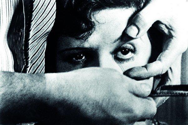 Slávny avantgardný film mal premiéru 6. júna 1929 v Paríži.