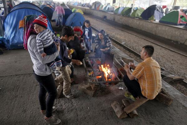 Najhoršia situácia vGrécku je vdedine Idomeni na hranici s Macedónskom.