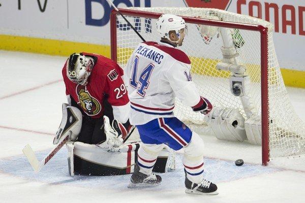 Dva góly do siete brankára Ottawy Senators Matta O'Connora strelil český útočník Tomáš Plekanec.