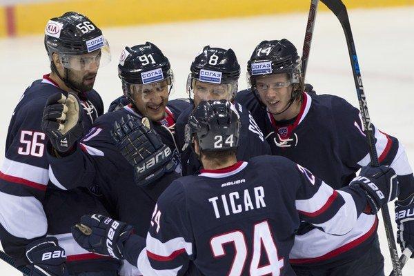 Hokejisti Slovana na zahraničnom tripe vyhrali dva zo štyroch zápasov.