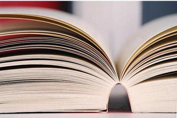 Už viete, akú knihu kúpite svojim najbližším? Nechajte si poradiť.