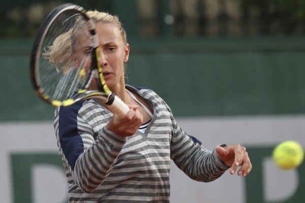 Lesia Curenková sa nadrela, no nakoniec slovenskú hráčku zdolala.