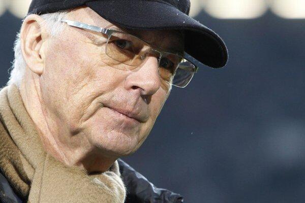 Aj Franz Beckenbauer čelí vyšetrovaniu zo strany FIFA.