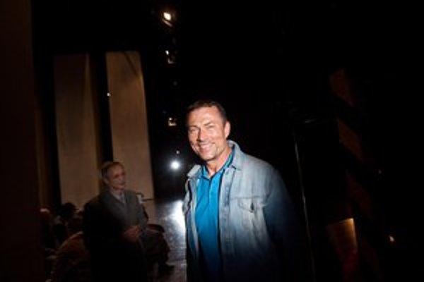 Andrejs Žagars ako herec účinkoval v mnohých filmoch a divadelných inscenáciách. Je generálnym riaditeľom Lotyšskej národnej opery aj zakladateľom Riga Opera Festival. Ako režisér debutoval v roku 2002 s operou Bludný Holanďan na Dalhalla Opera Festiv
