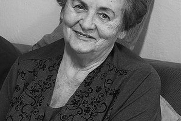 Hilda Holinová sa zasadila za vydanie knihy Tisíc a jeden vtip.