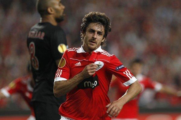 Pablo Aimar si ku koncu svojej kariéry obliekal aj dres portugalského tímu Benfica Lisabon.