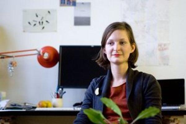 Pavlína Morháčová a jej projekt M_P_BA, ktorý vyhľadáva kultové miesta Bratislavy, je tiež súčasťou benátskeho bienále v rámci Asking architecture.