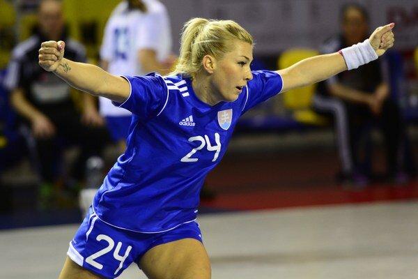 Štyri góly do siete Česka strelila Lucia Súkenníková.