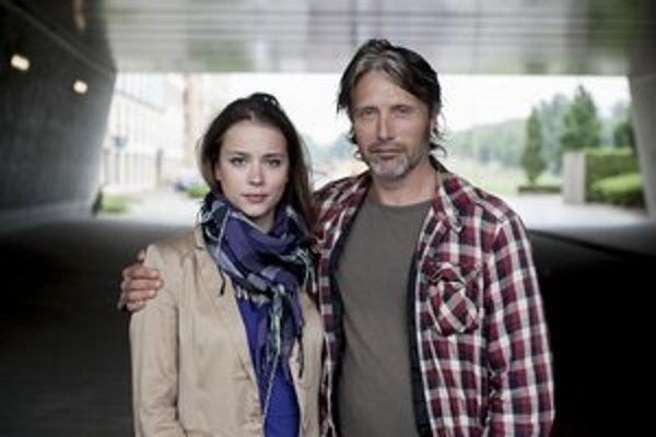 Slovenská herečka Gabriela Marcinková si vo filme Move On zahrá po boku slávneho dánskeho herca Madsa Mikkelsena.