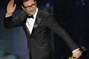 Michael Hazanavicius s cenou pre nalepšieho režiséra. The Artist sa stal aj najlepším filmom a Jean Dujardin získal Oscara pre najlepšieho herca.