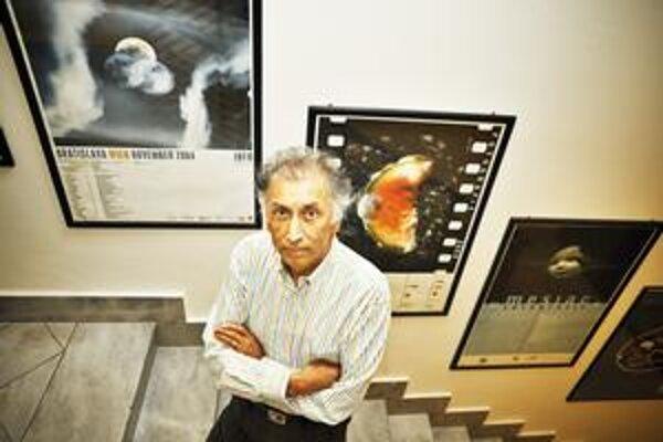 Christopher Steele-Perkins (64). Od roku 1979 člen prestížnej agentúry Magnum, získal ceny The Robert Capa Gold Medal, The Oscar Barnack Prize. Na Slovensku mal cez víkend v rámci festivalu Mesiac fotografie prednášku a workshop.