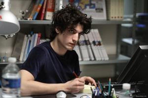 Louis Garrel vo filme Christopha Honorého Les chansons d'amours.