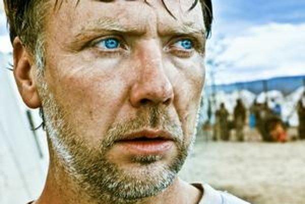 Dánsky film In a Better World režisérky Susanne Bier sa dostal do užšej nominácie na Oscara.