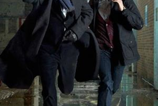 Aké puto spája Sherlocka Holmesa a Dr. Watsona?