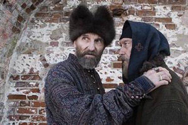 Vo filme Cár nevidia ruskí diváci len večnú tému dobra a zla, moci a bezmocnosti.