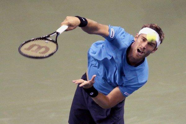 Gombos na Slovak Open postúpil do štvrťfinále.