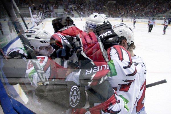 KHL pokračovala jedným zápasom v Moskve.
