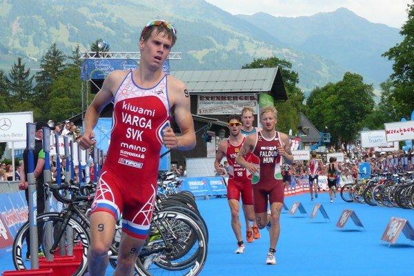 Slovenský triatlonista Richard Varga.