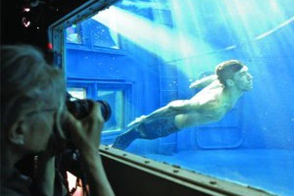 Annie Leibovitz a olympijský víťaz Michael Phelps.