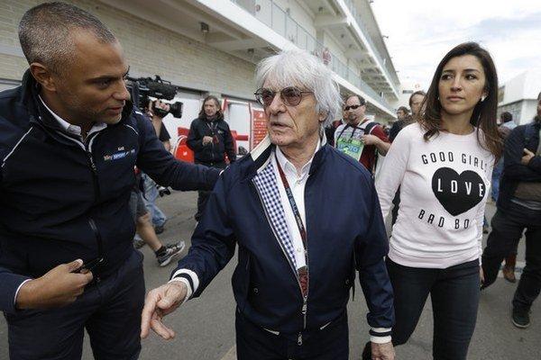 Šéf formuly 1 Bernie Ecclestone s manželkou.