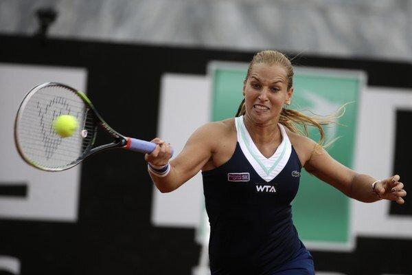 Najväčšie šance na Roland Garros má zo Slovákov Dominika Cibulková, aj napriek tomu, že na antuke začala zle.