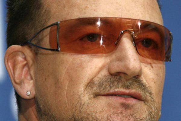 Frontman skupiny U2 Bono Vox.