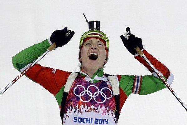 Bieloruská biatlonistka Daria Domračevová skompletizovala zlatý hetrik na zimných olympijských hrách v Soči.
