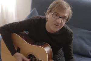 Miroslav Žbirka (narodený 21. októbra 1952), je jedným z najúspešnejších slovenských hudobníkov. Držiteľ mnohých ocenení sólovo debutoval nahrávkou Doktor Sen v roku 1980, o rok neskôr založil skupinu Limit. Zatiaľ posledný album Dúhy mu vyšiel v roku 200