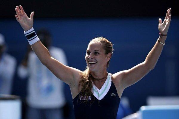 Dominika Cibulková si zahrá aj posledný zápas dvojhry žien na Australian Open.