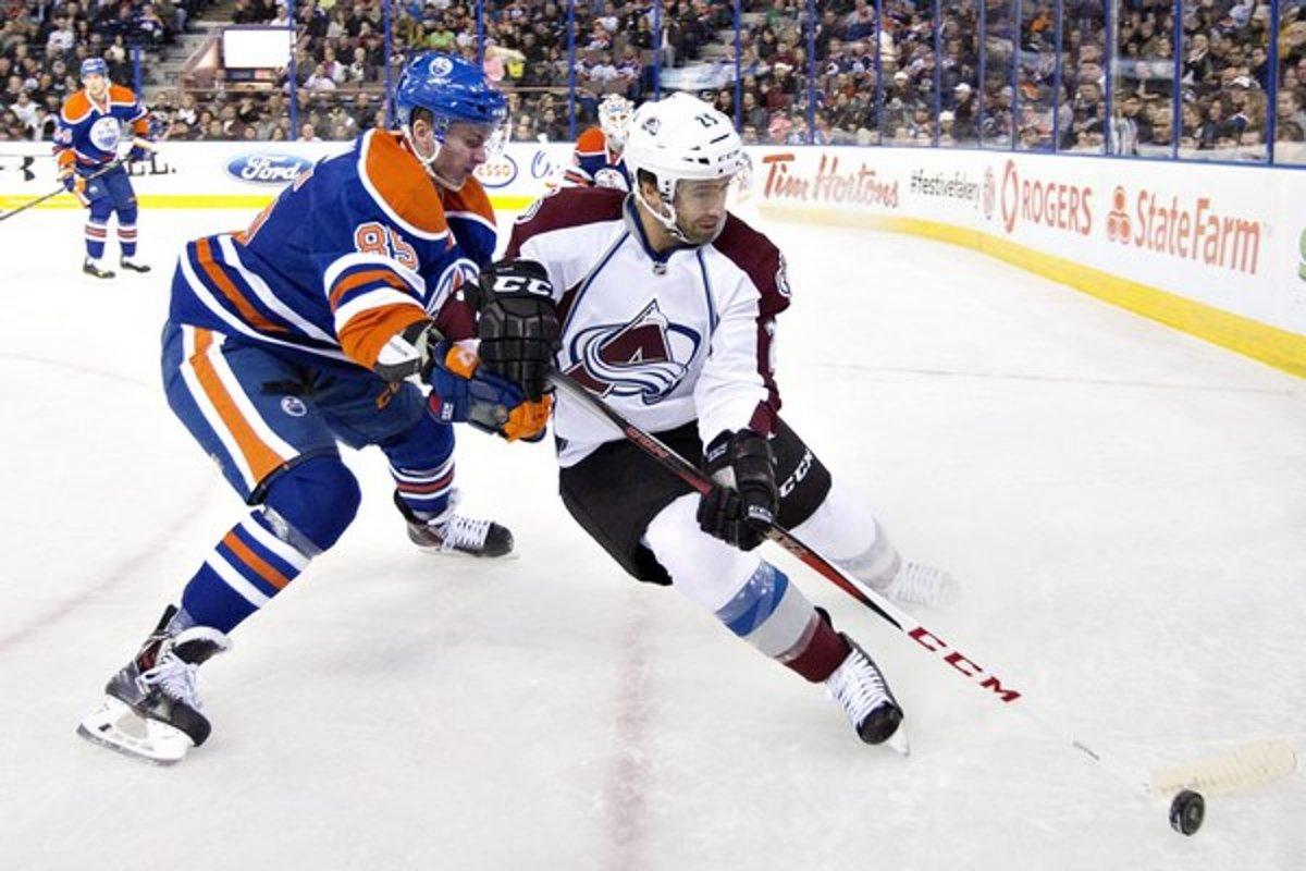 5448eb361e4fa Marinčin debutoval v NHL, Hossa s gólom a Halák s víťazstvom - sport ...