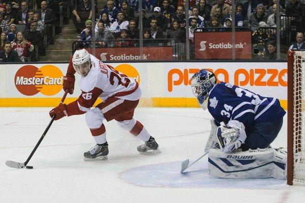 Tomáš Jurčo strieľ svoj druhý gól v NHL.