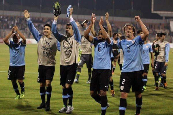 Posledné miesto na MS v Brazílii si vybojovali futbalisti Uruguaja.