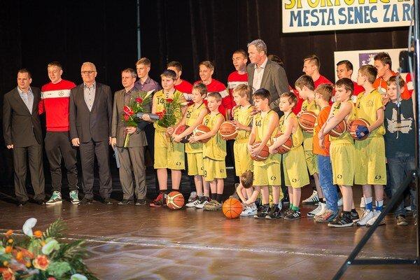 Najlepšie senecké športové kolektívy za rok 2013.