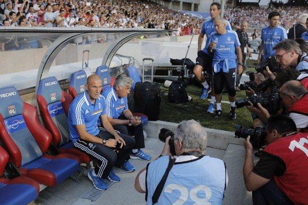 Ancelotti a Zidane na lavičke Realu.