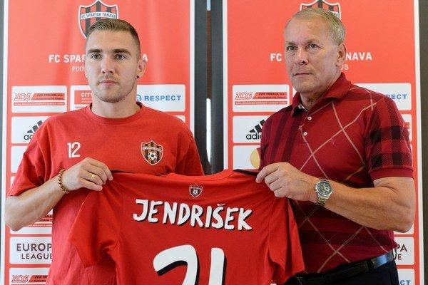 Trnavčania získali pred pár dňami Erika Jendriška, ktorý by mal tímu pomôcť v dôležitom súboji o Európsku ligu.