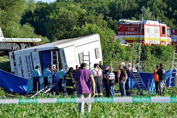 Pri nehode prišli o život štyri študentky. Vodič čelí obvineniu z trestného činu všeobecného ohrozenia.