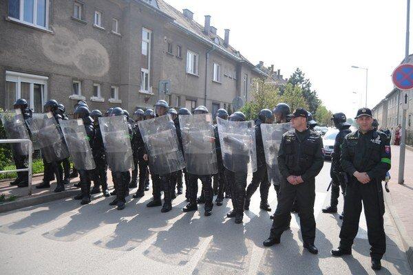 Na Cobrugovu sa extrémisti nedostali.