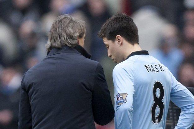 Pod Mancinim mal Nasri pevné miesto v zostave. Po príchode Guardiolu odchádza.