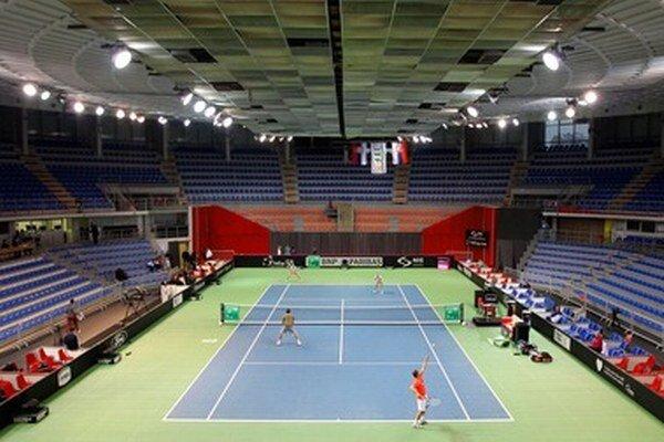 Hala športového centra Čair v srbskom meste Niš je dejiskom tenisového turnaja Fed Cup 2013.