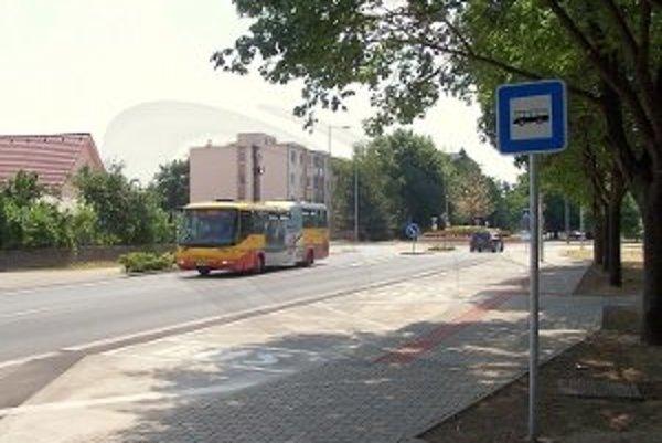 Radnica vybudovala nové autobusové zastávky. Jedna z nich je aj na Bottovej ulici v smere na Prednádražie