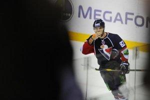 Michal Vondrka hrával za Slovan Bratislava v KHL.