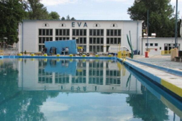Kúpalisko Eva bude aj túto sezónu jedinou možnosťou kúpania sa v Piešťanoch.