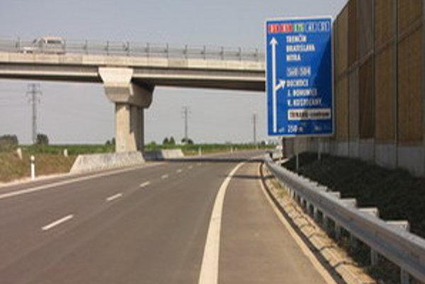 Časť severného obchvatu pred výjazdom na Špačinskú ulicu.
