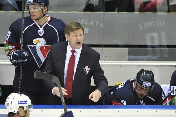 Rostislav Čada vedie Slovan do play off KHL, do konca základnej časti hrá mužstvo ešte jedenásť zápasov.