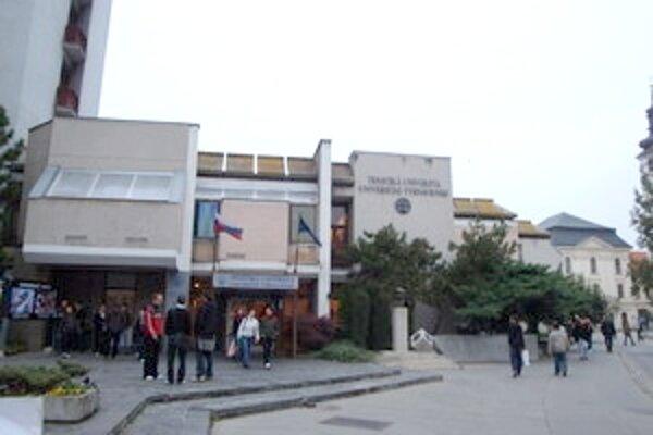 Prezident Ivan Gašparovič by mal rozhodnúť o vymenovaní Mareka Šmida za rektora Trnavskej univerzity v priebehu budúceho týždňa.
